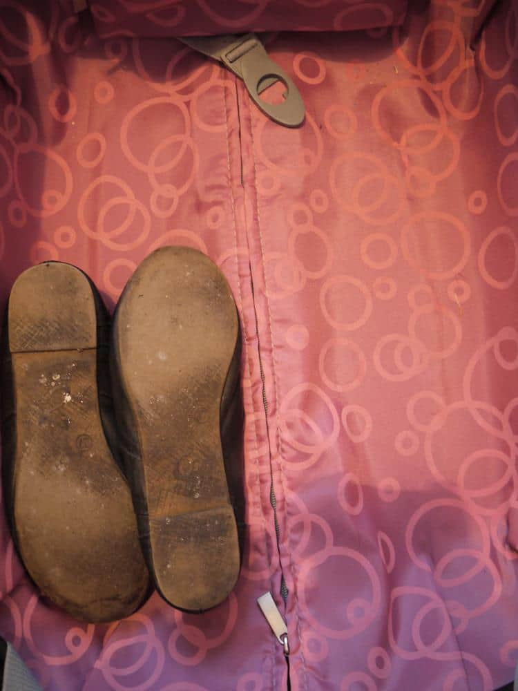 como-preparar-maleta-zapatos