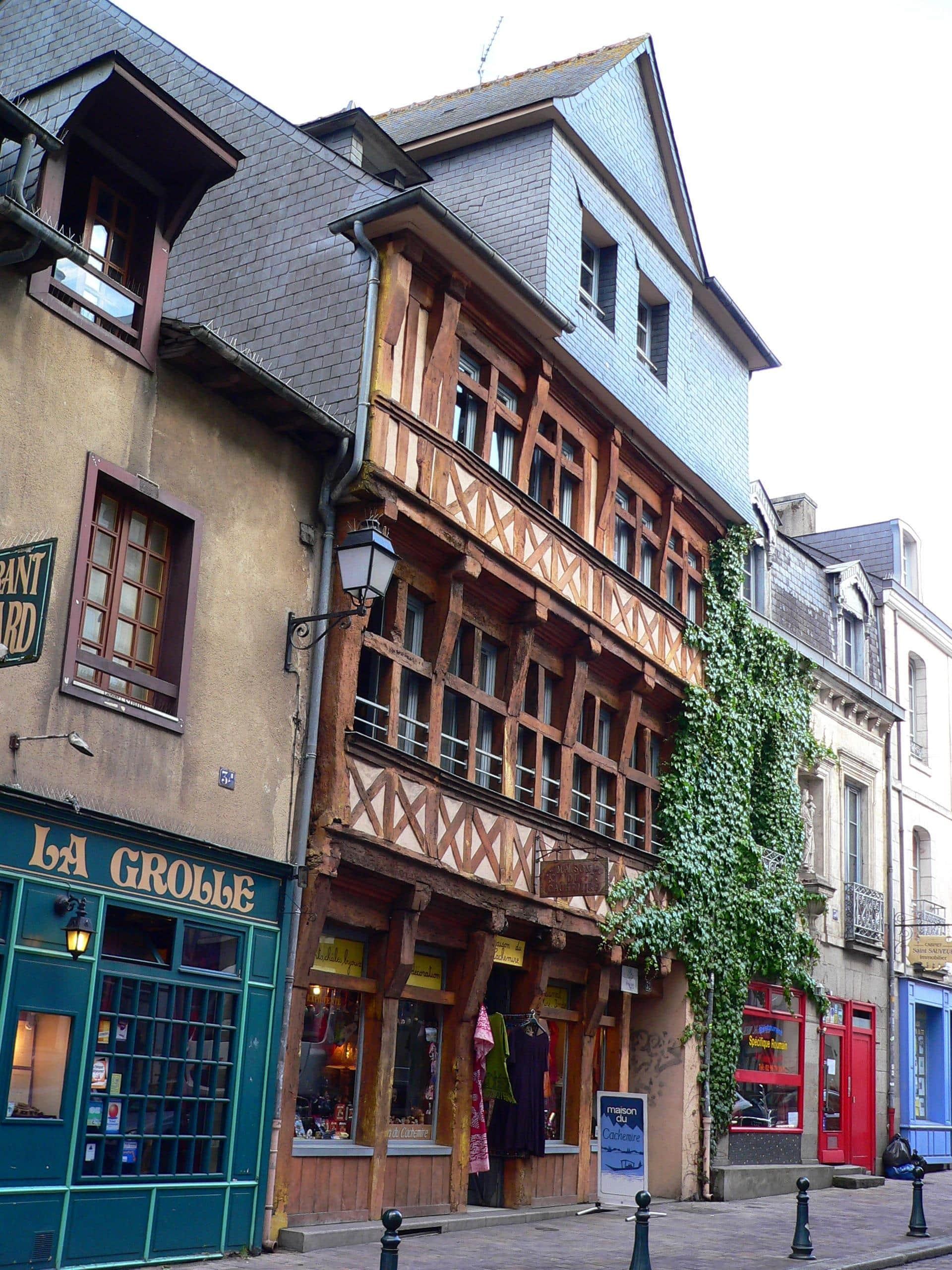 casco-antiguo-rennes-francia