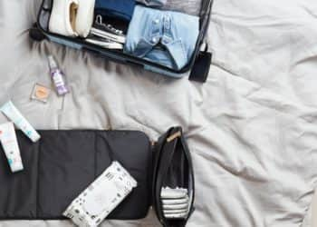 Cómo preparar un neceser de viaje