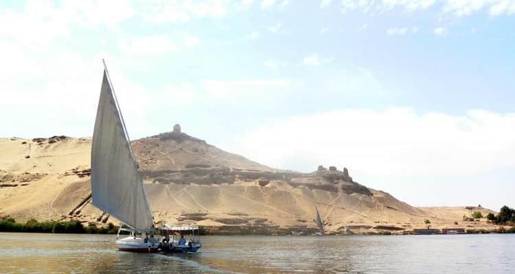 Faluca Nilo Egipto