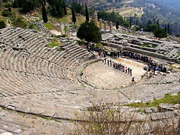 teatro-delfos-grecia