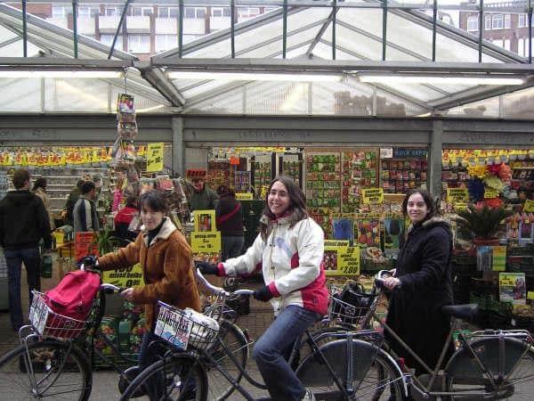mercado-flores-amsterdam-bicicletas