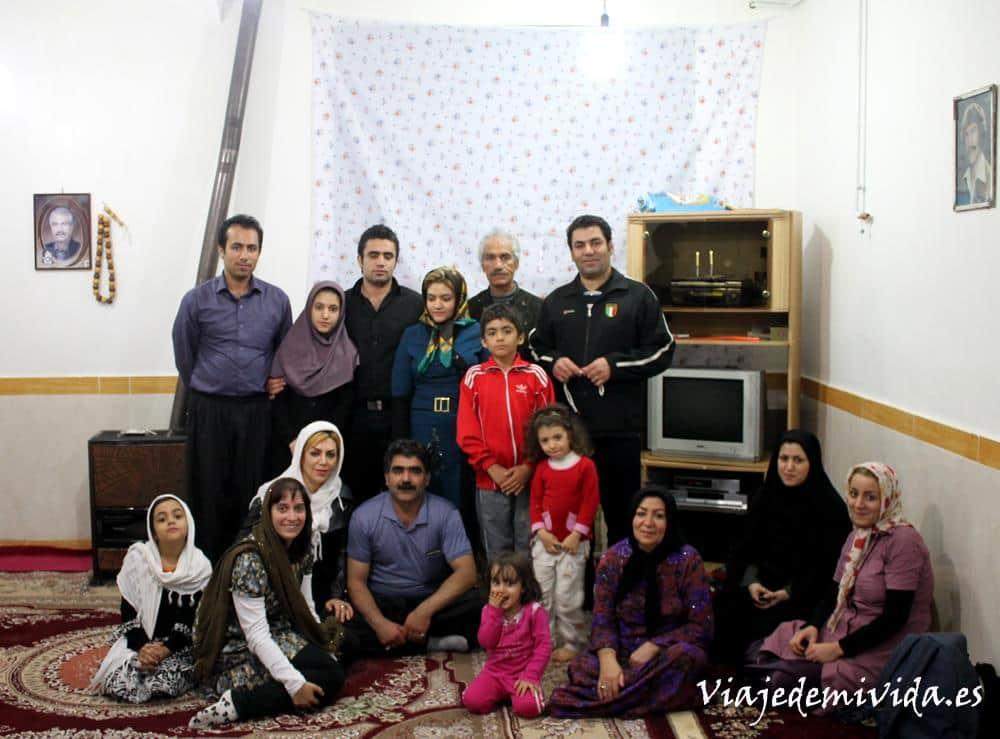 familia-irani-kermanshah-iran