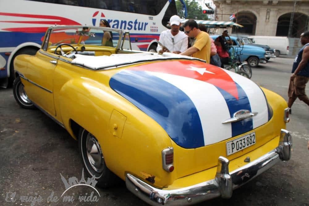 coches-antiguos-capitolio-cuba