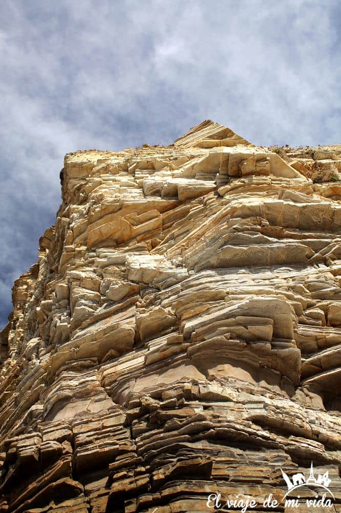 roca-playa-catedrales-galicia