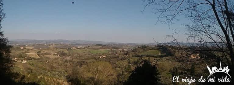 Paisajes desde San Gimignano en la Toscana