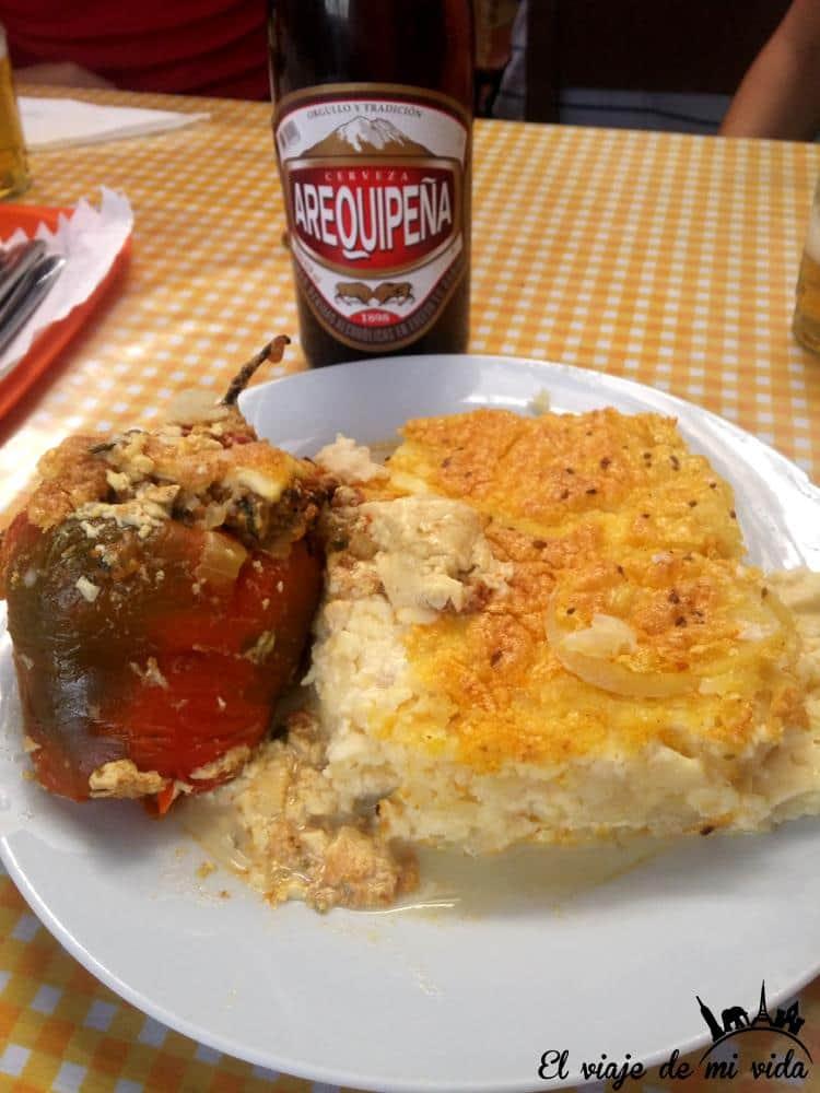 rocoto-relleno-gastronomia-peru