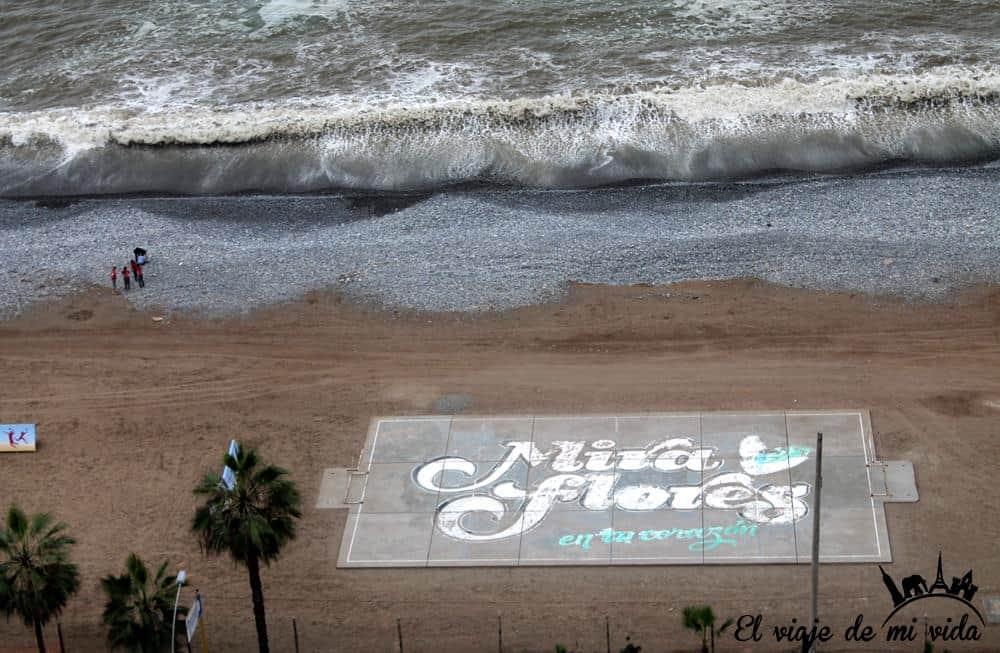 Playa de Miraflores en Lima, Perú
