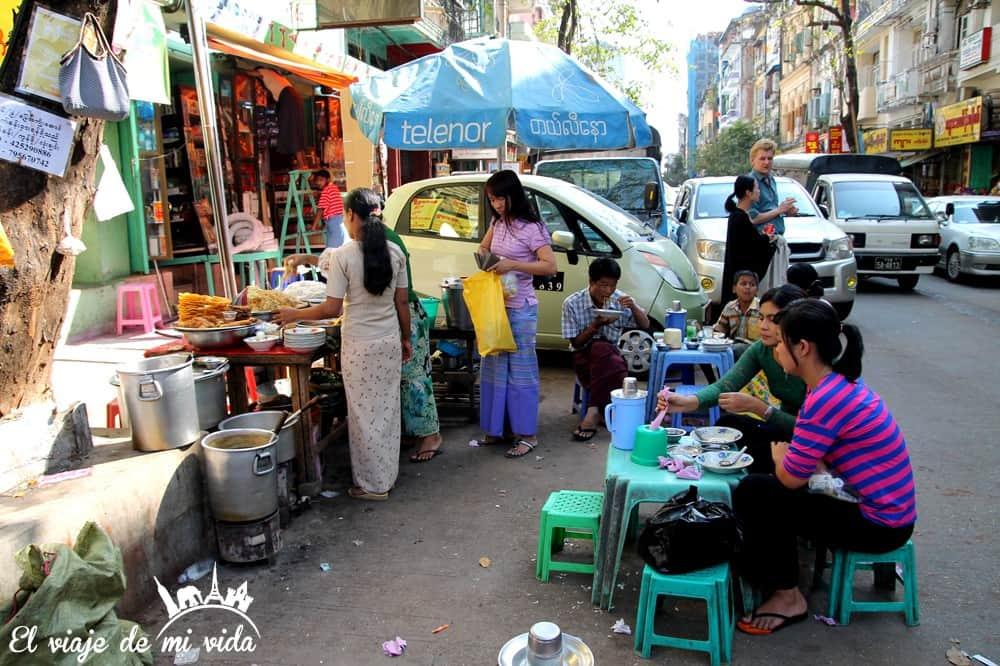 comida-callejera-yangon-myanmar