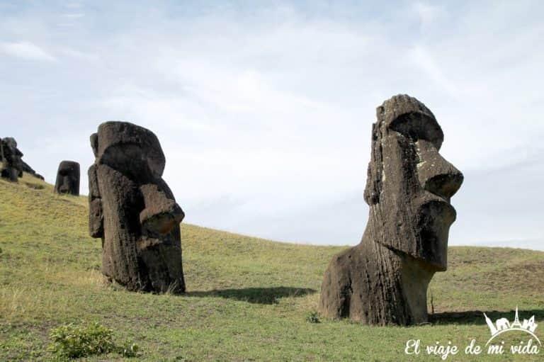 Rano Raraku en la Isla de Pascua, Chile