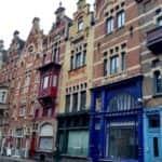 Calles junto a Vrijdagmarkt en Gante